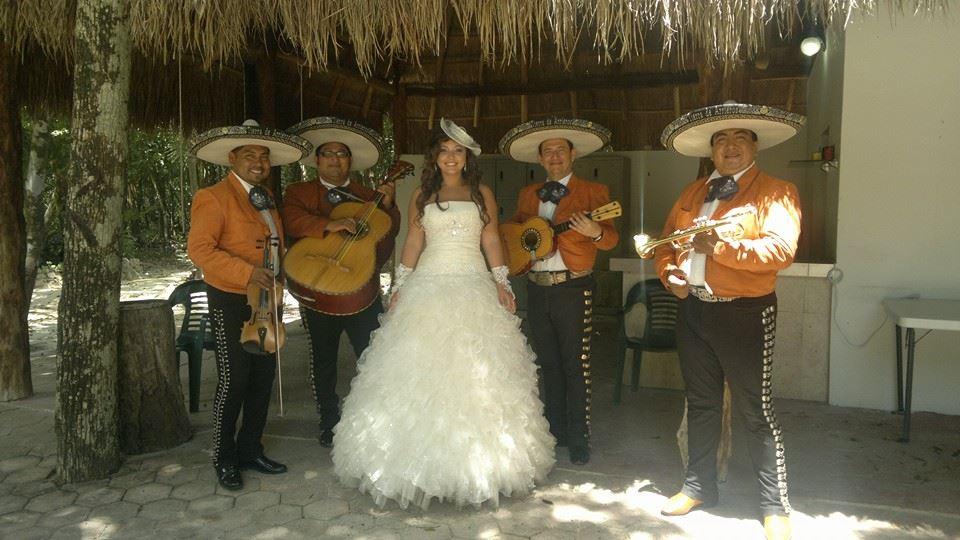 Mariachi-Tulum-Trio.jpg