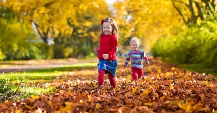 07e892fe6e83028c0caed05268209ee36d0ced0f_children-running-in-autumn-leaves.jpg