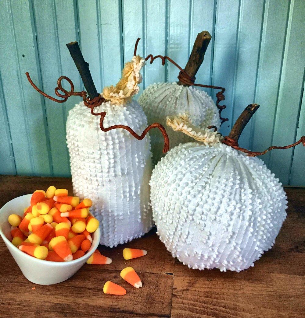 chenille pumpkin.2.jpg