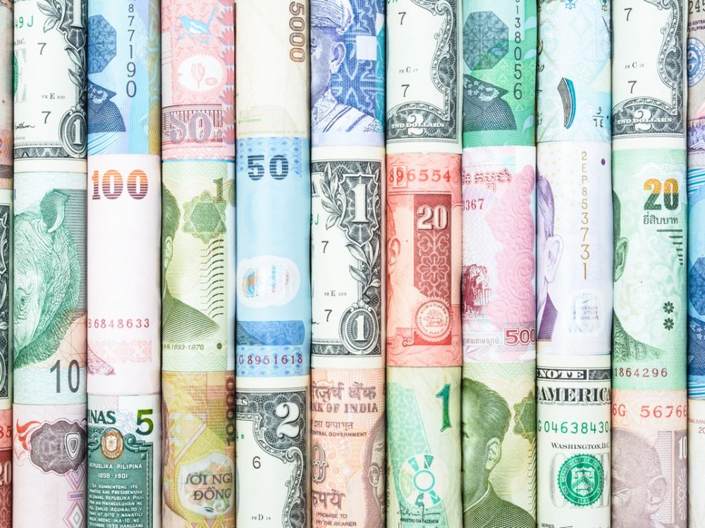 many-currency-picture-id589422272.jpg