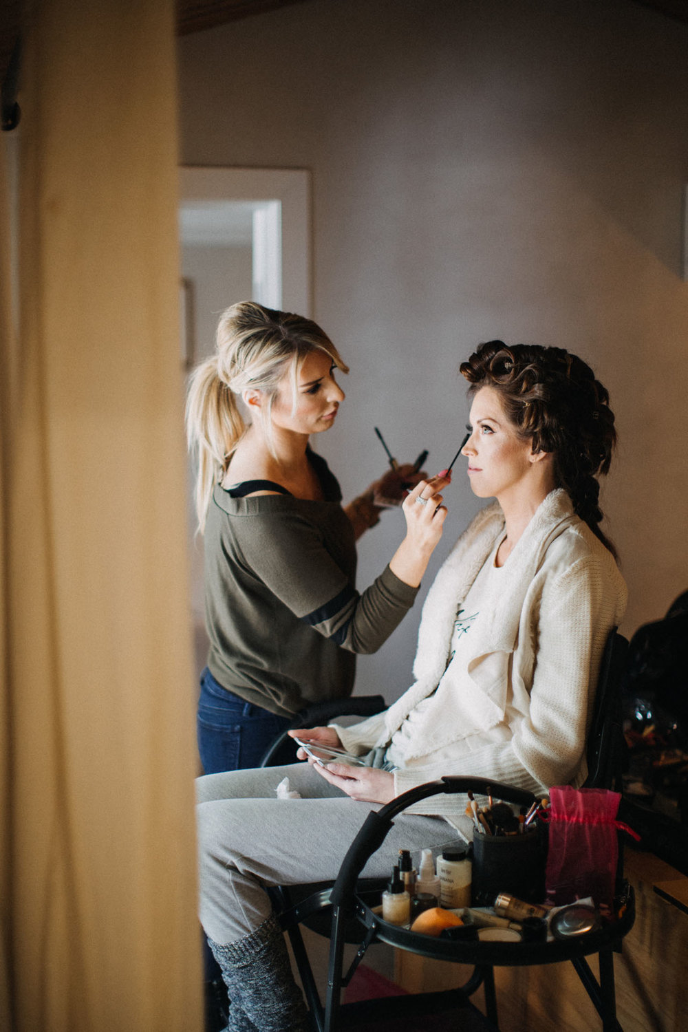 Adrienne and Sam(Bride Prep)-33.jpg