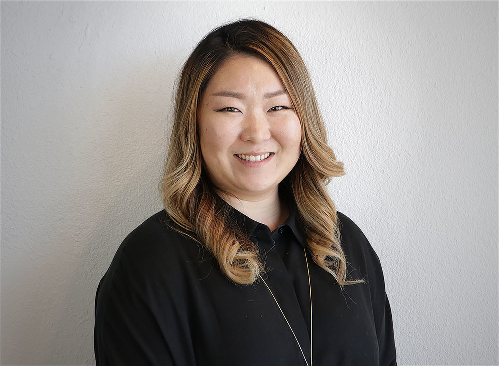Linda Kim - STYLIST / EYELASH EXTENSION SPECIALIST@lovelylashesbylinda