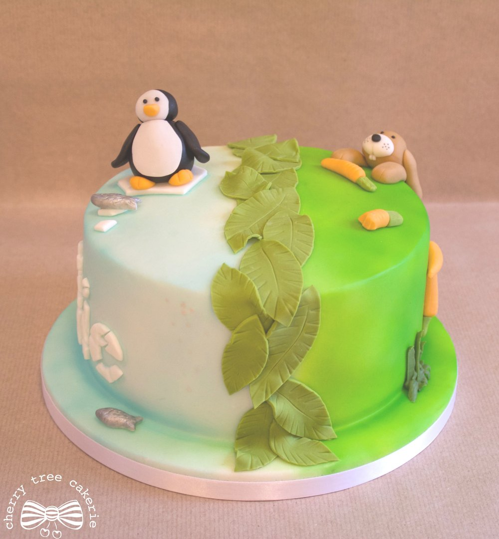 penguin-and-rabbit-cake