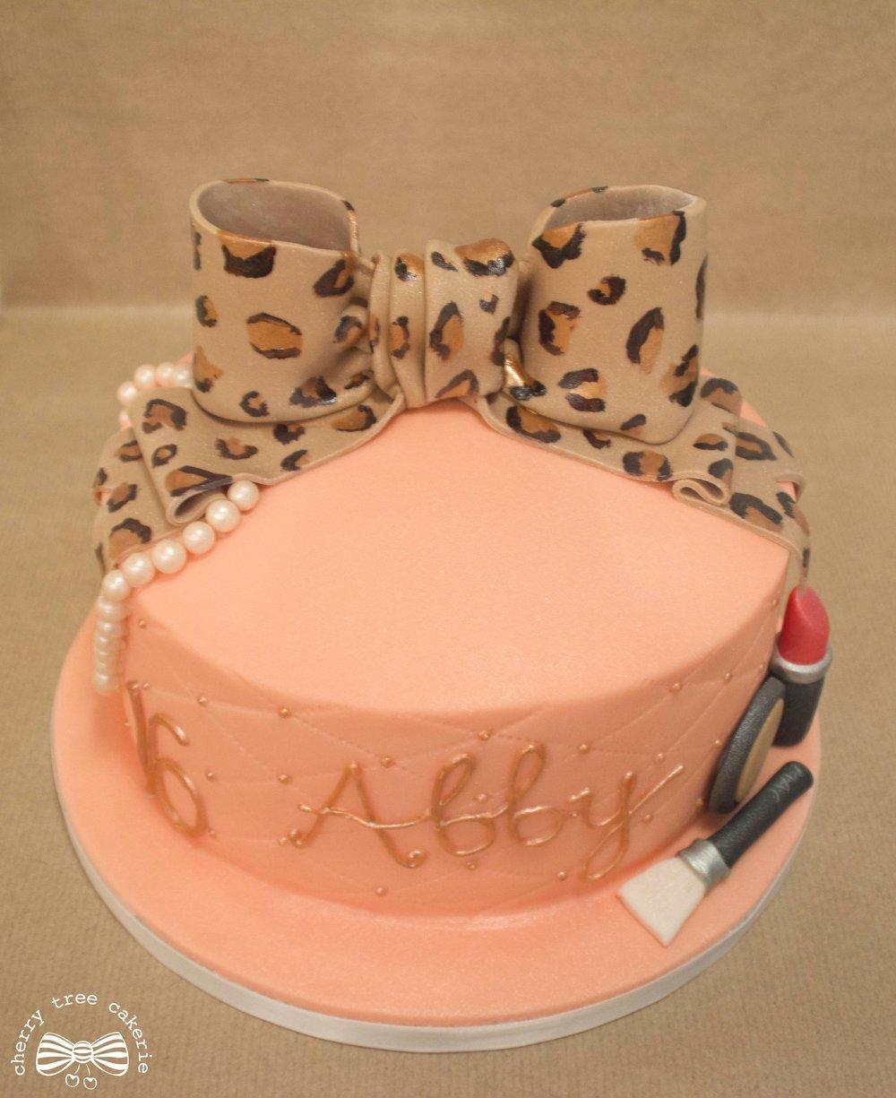 Bow-and-make-up-birthday-cake