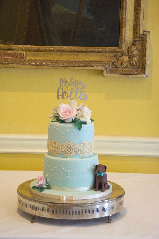 Duck-egg-blue-vintage-wedding-cake
