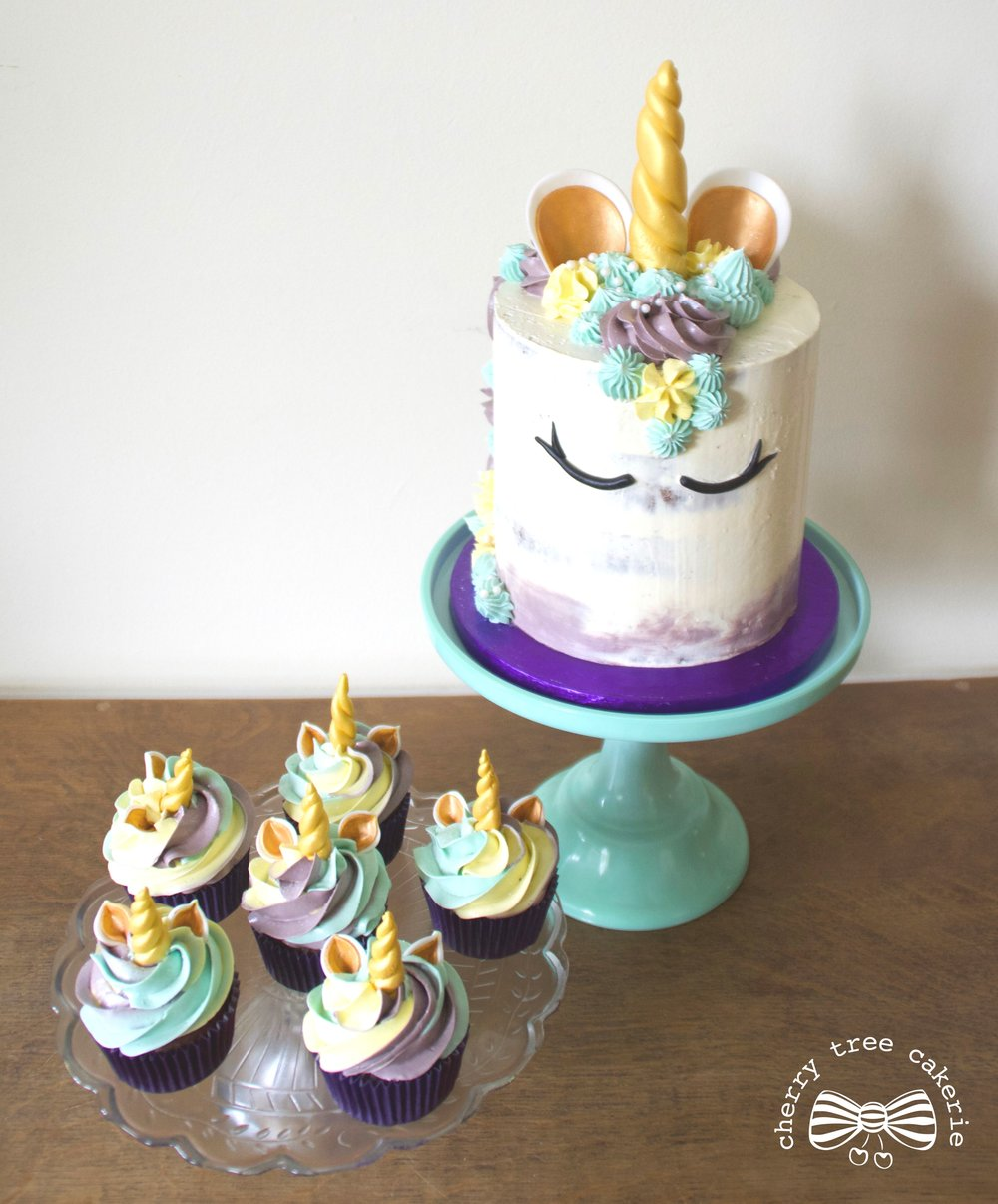 Unicorn-cake-and unicorn-cupcakes