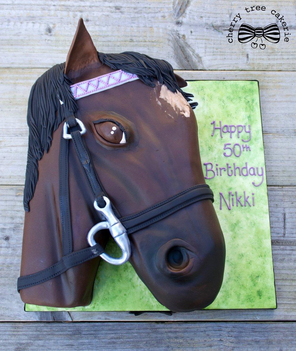 horse-head-birthday-cake