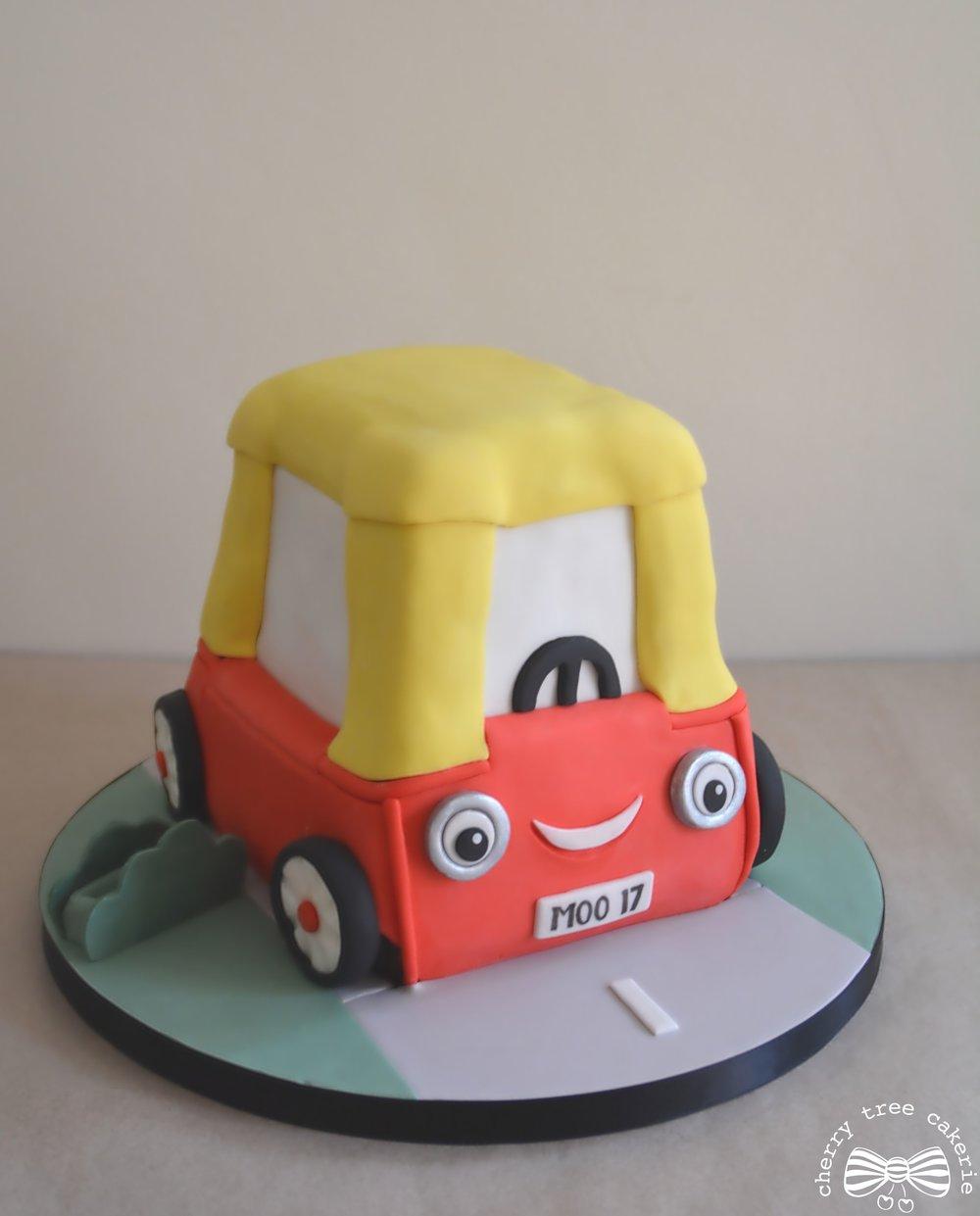 Cosy-Coupe-car-birthday-cake