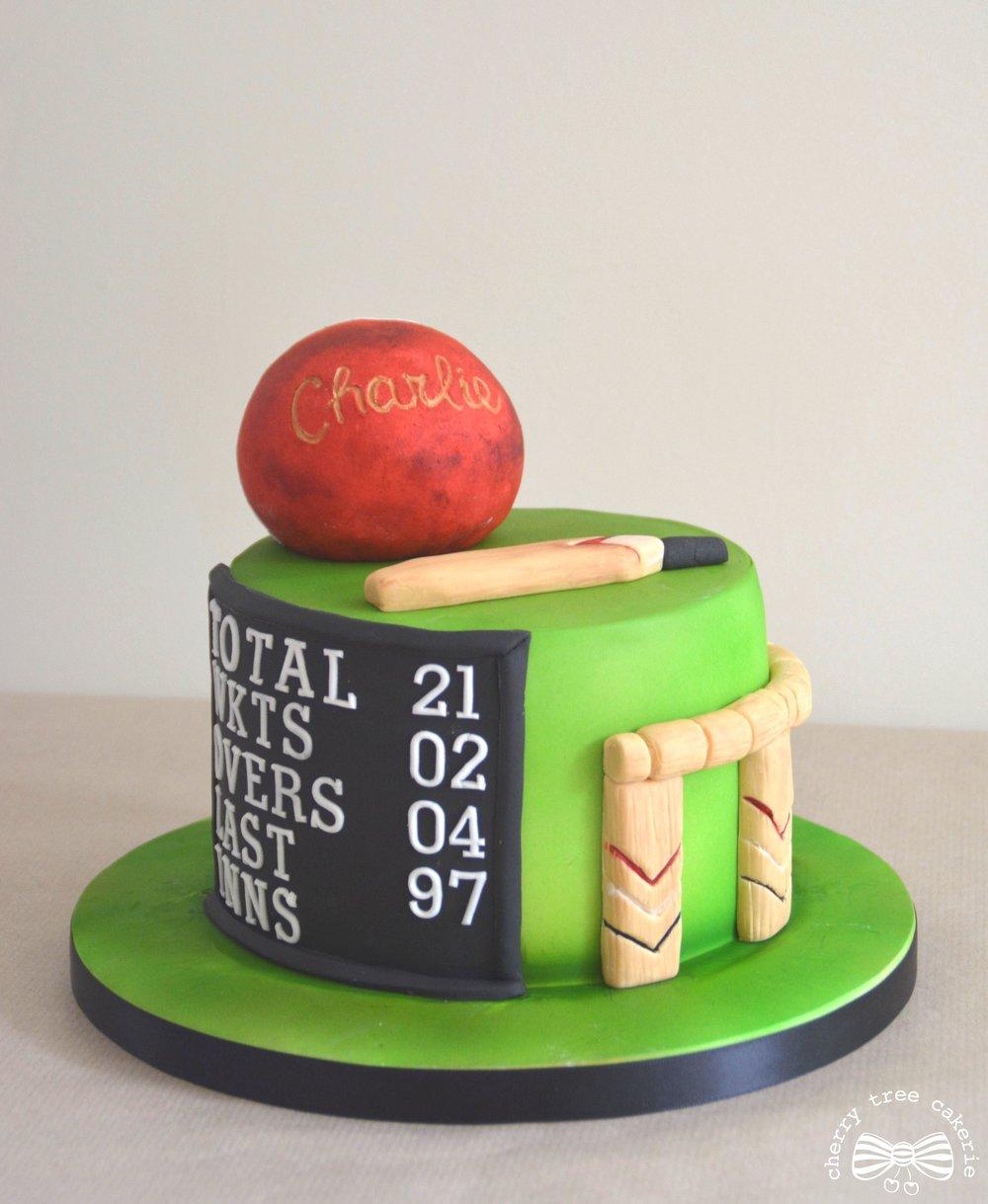 Cricket_themed_cake.jpg