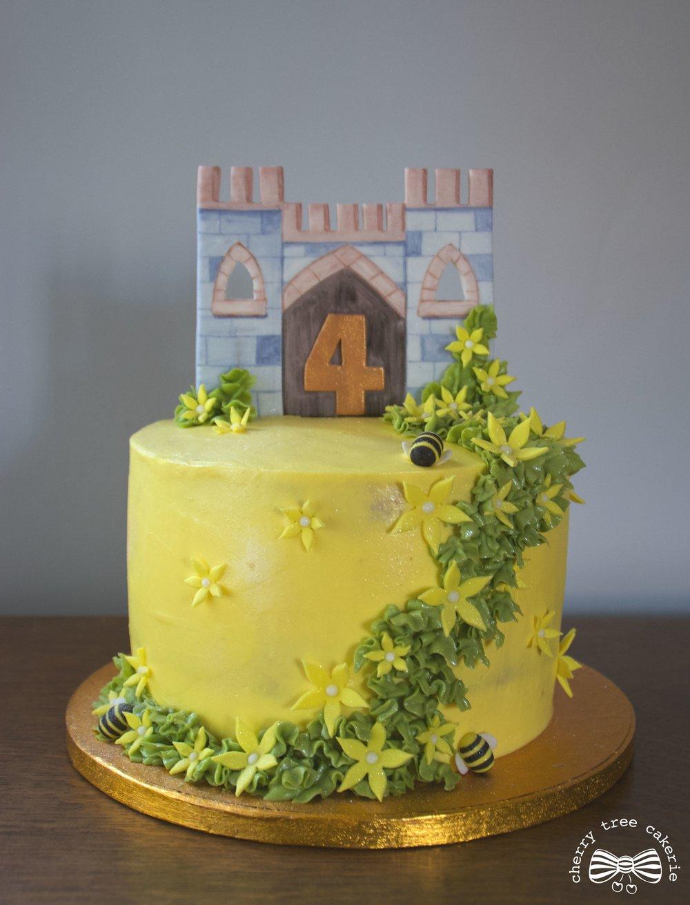 Castle cake.jpg