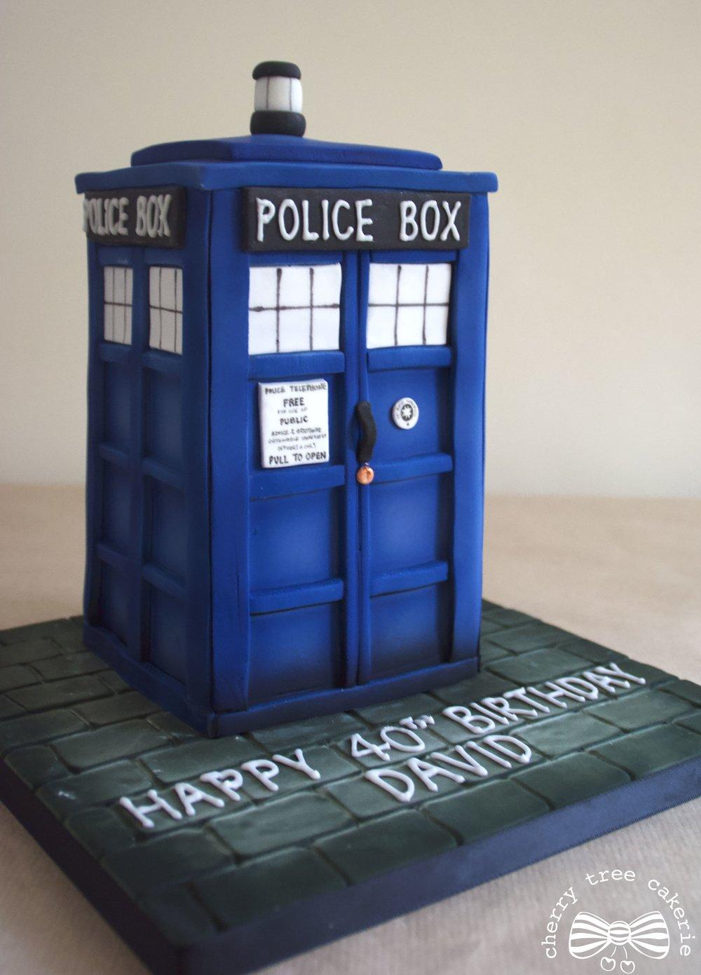 Dr Who Tardis cake - side view.jpg