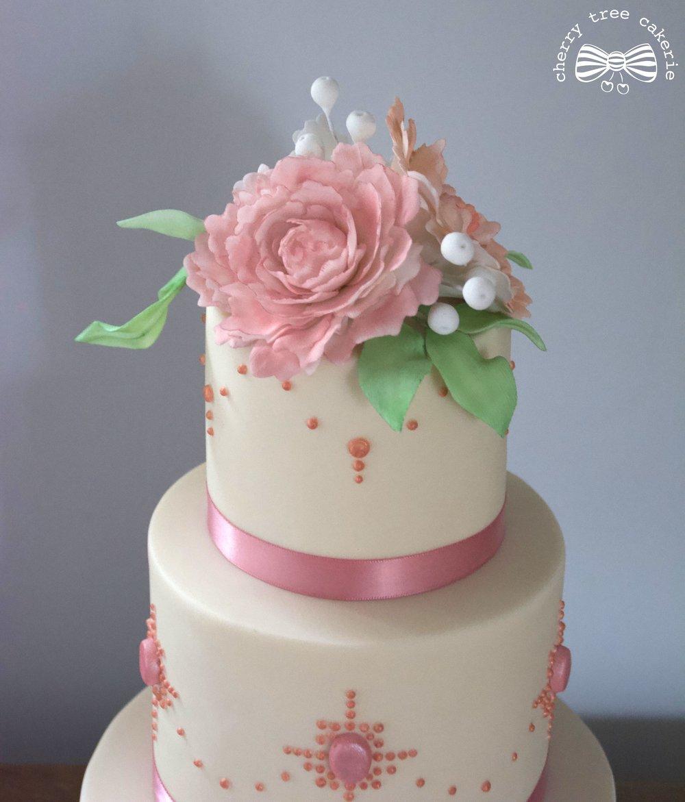 Vintage jewel wedding cake top tier.jpg
