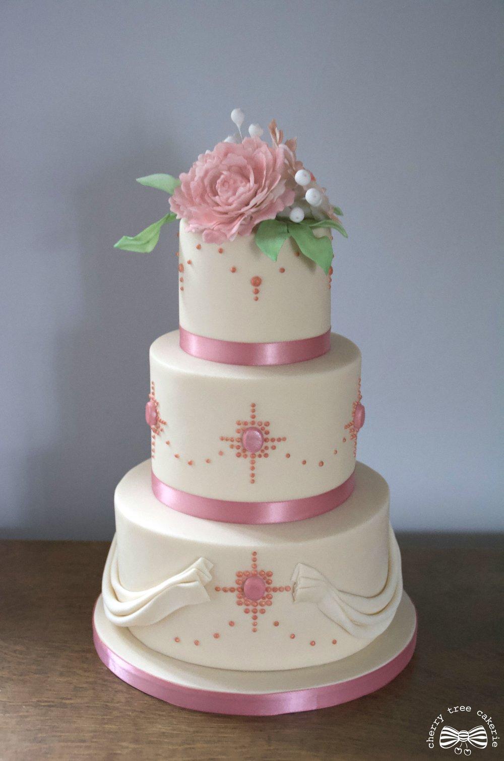 Vintage jewel wedding cake.jpg