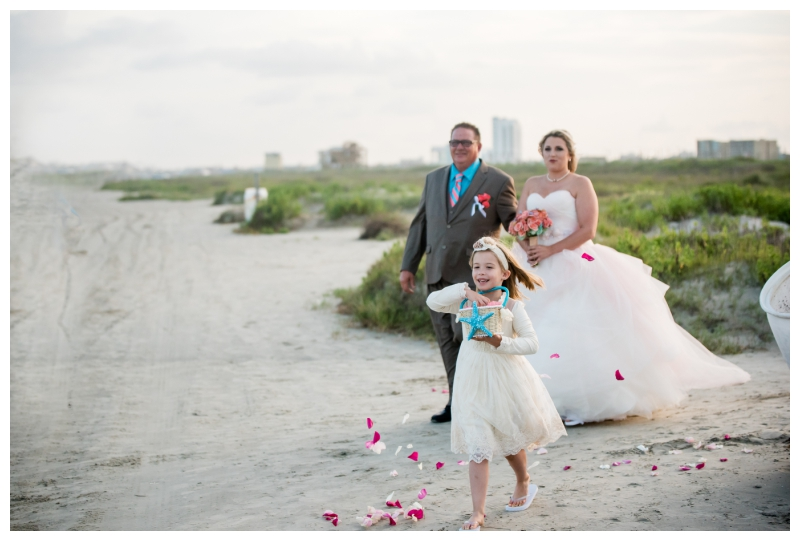 ronnie-bliss-galveston-tx-beach-wedding-photo-24.jpg
