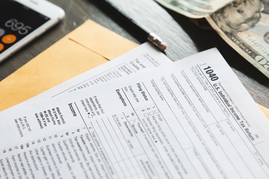 tax-forms_925x.jpg