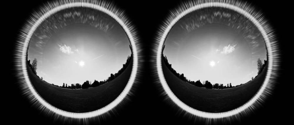 BINARY STARS  Andrew Busti  2017 | 4 minutes | USA | 35mm Scope-Anamorphic | b&w | sound  A set of formal instructions detailing the proper operation of a light switch while a landscape shrinks at an alarming rate of 2:1 -AB