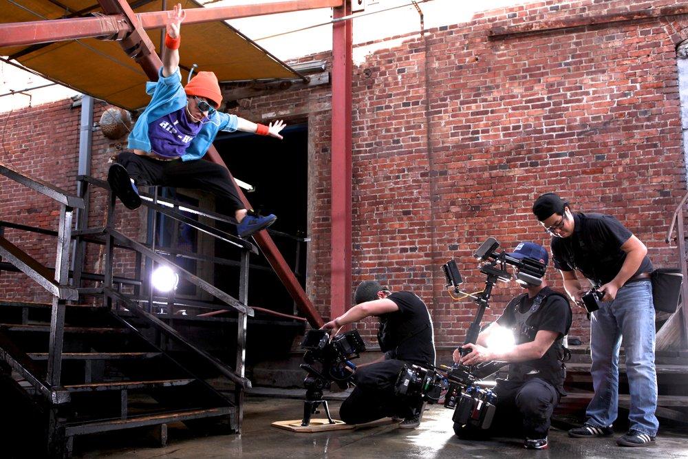 NBC_2011-03-08_Episode_104_Main_Assignment_105.jpg