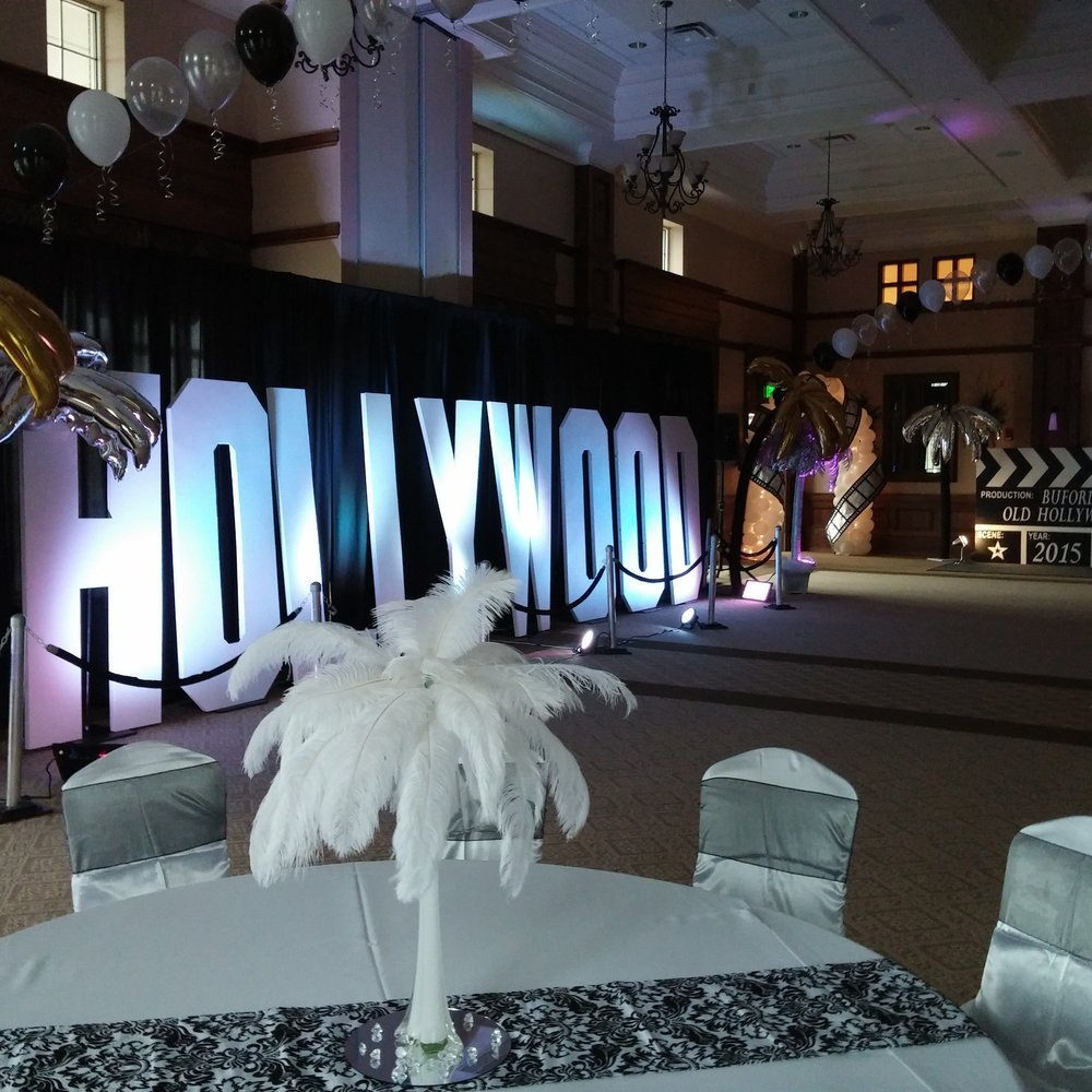 Hollywood Prom