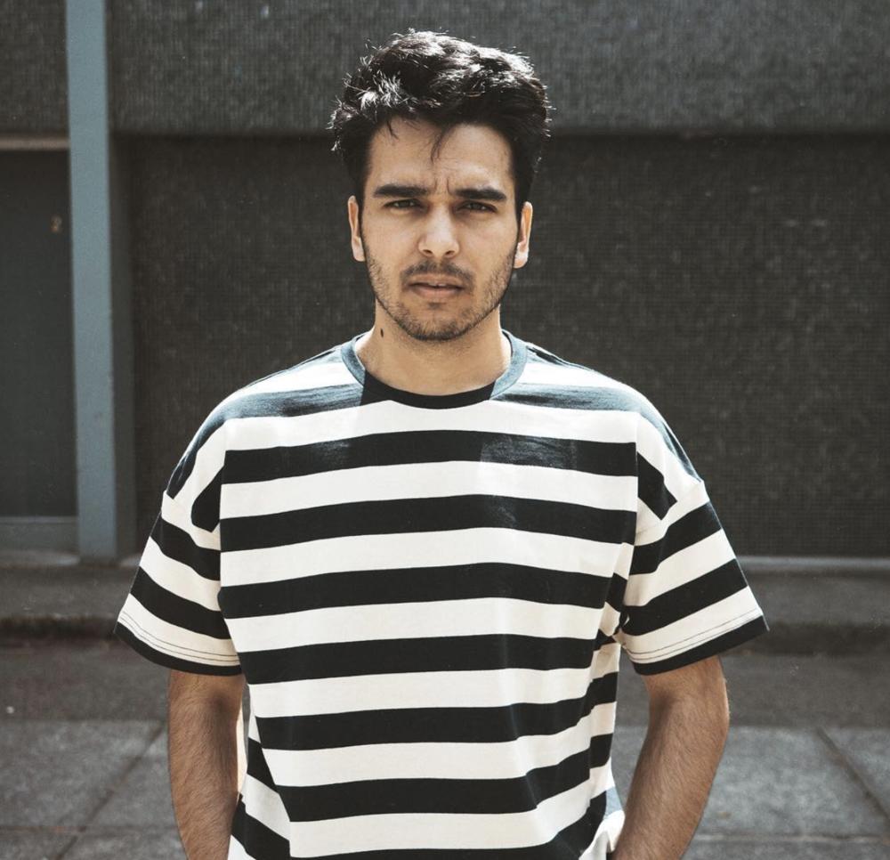 Derek Gerard  @Derek_Gerard  - Entertainment