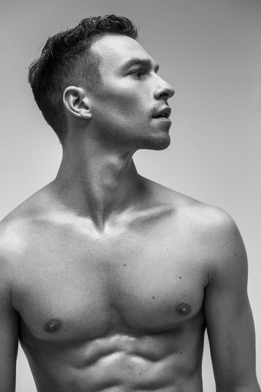 Misha De-Stroyev - Fitness 9.jpg