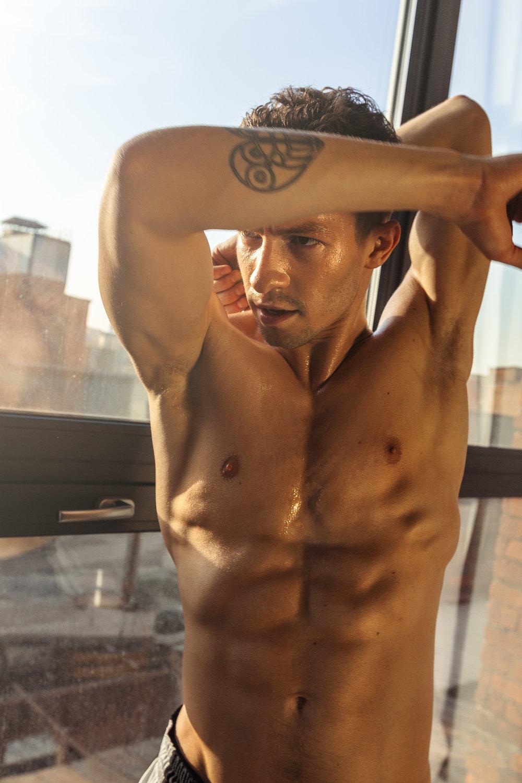 Misha De-Stroyev - Fitness 5.jpg