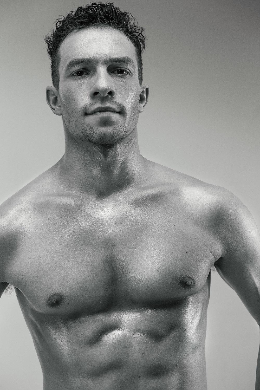 Misha De-Stroyev - Fitness 6.jpg