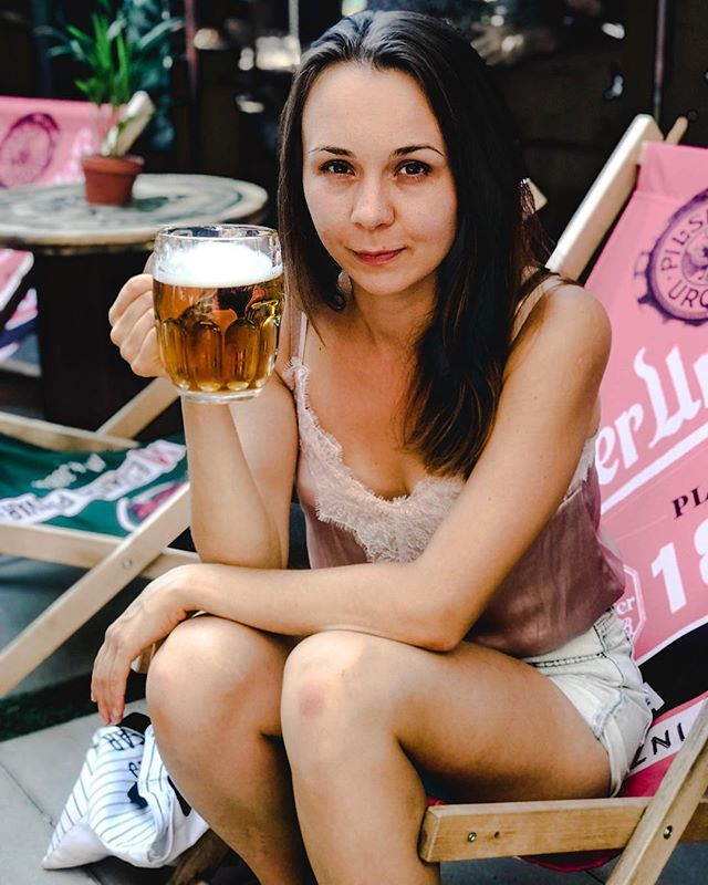While melting in Krakow, @orzokrakow is a good place to be having a cold Czech Pilsner! ☀️🍻 #32C #summervibes #summerinkrakow #summertime #czechpilsner #coldbeer