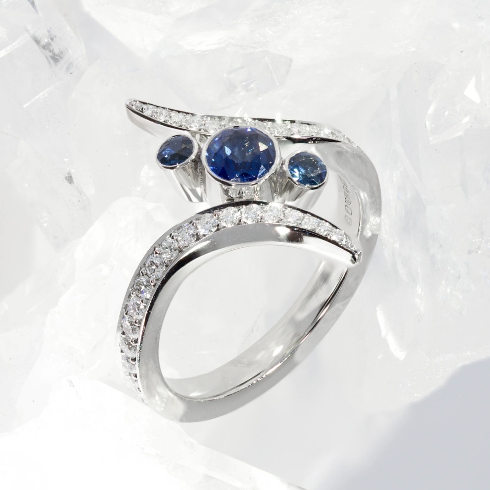 Diamond-Blue-Sapphire-Engagement-Ring-Bespoke-Kate-Middleton-London-Queensmith-Master-Jewellers-Hatton-Garden