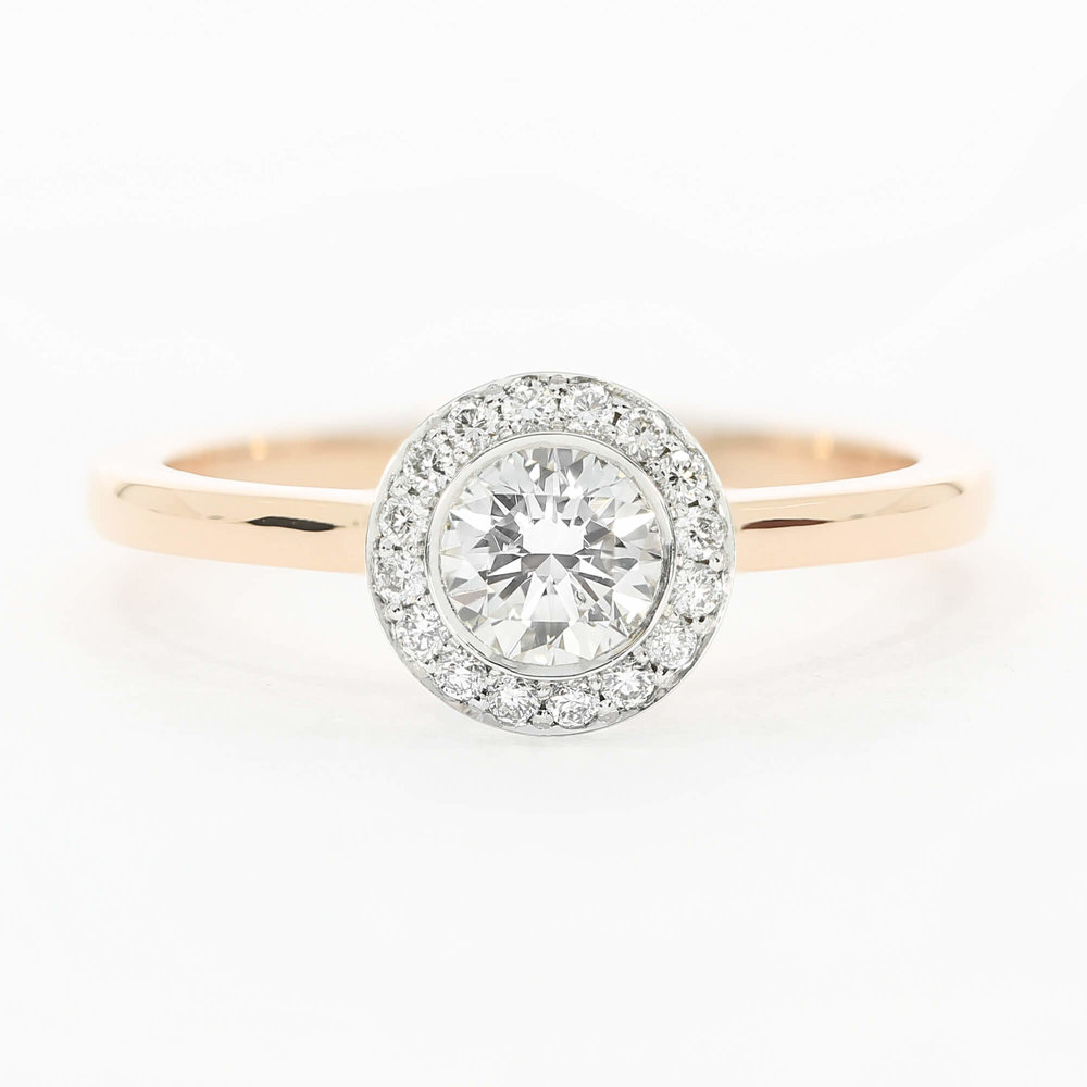The  Faye design , featuring an 18ct rose gold band