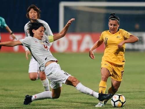 Japan's Saki Kumagai vies with Lisa De Vanna of Australia during the AFC Asian Cup Final in April. Image: Xinhua