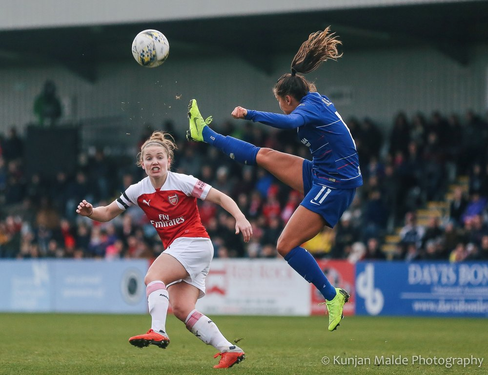 Kim Little for Arsenal and Ali Riley for Chelsea go head-to-head in the FA WSL. Img: Kunjan Malde