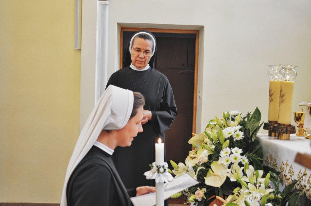 Sióstr_św_Elżbiety-Pierwsze_Śluby_fotorelacja-I-SLUBY-DSC_0561-min.jpg