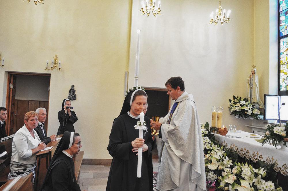 Sióstr_św_Elżbiety-Pierwsze_Śluby_fotorelacja-I-SLUBY-DSC_0588-min.jpg