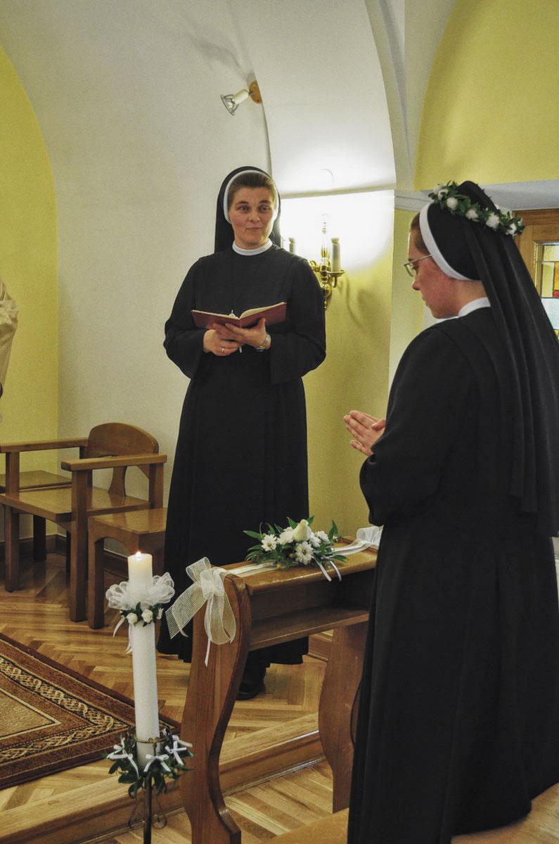 Sióstr_św_Elżbiety-Śluby_Wieczyste_fotorelacja-WIECZYSTE-DSC_0671-min.jpg