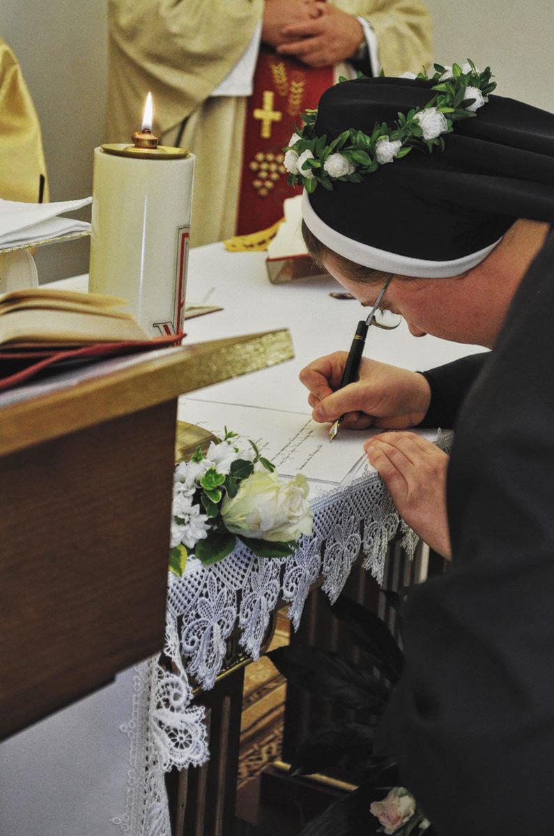 Sióstr_św_Elżbiety-Śluby_Wieczyste_fotorelacja-WIECZYSTE-DSC_0725-min.jpg