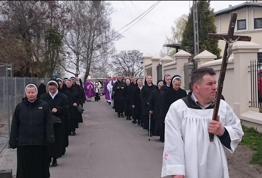 pogrzeb-s.Małgorzaty-29-Copy-e1460102682134.jpg