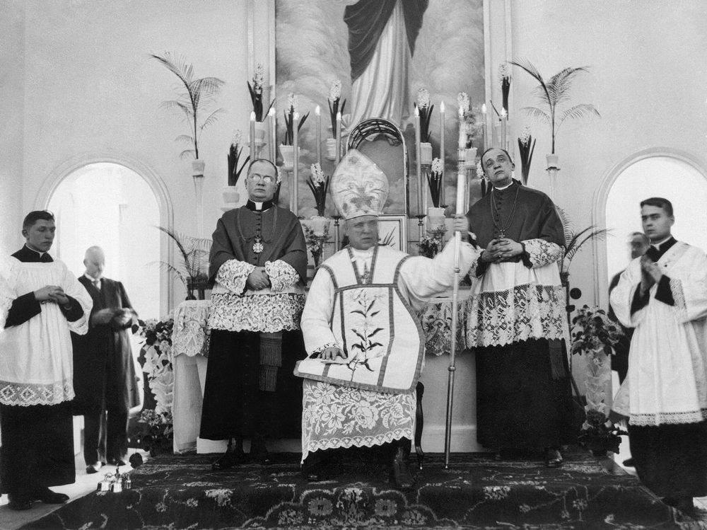 Poświęcenie Szpitala 30.01.1931r. Eucharystia Kardynał Aleksander Kakowski
