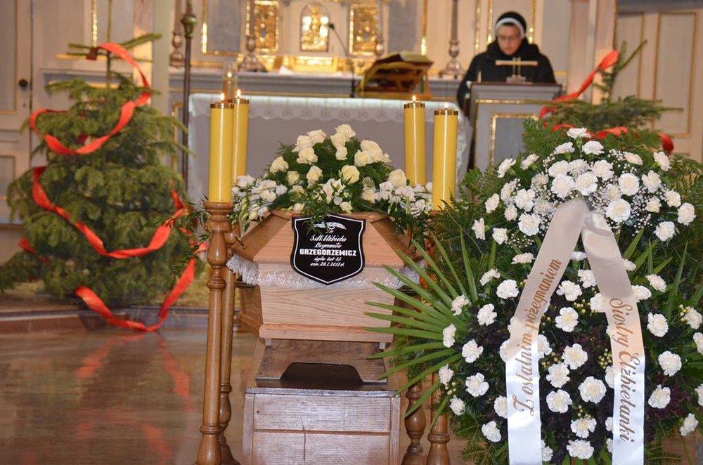 pogrzeb s. Elżbiety (2) (Copy).JPG