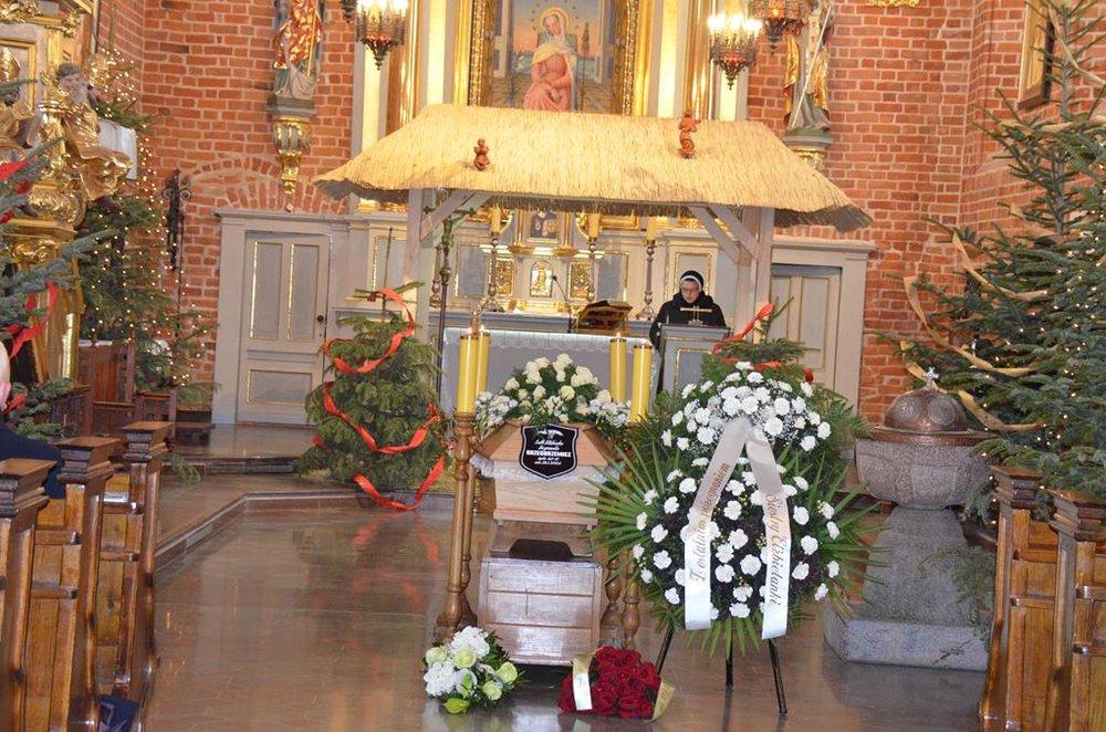 pogrzeb s. Elżbiety (1) (Copy).JPG