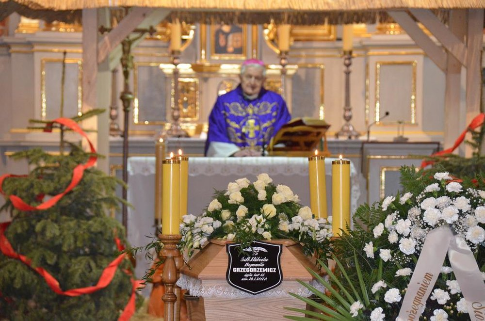pogrzeb s. Elżbiety (18) (Copy).JPG
