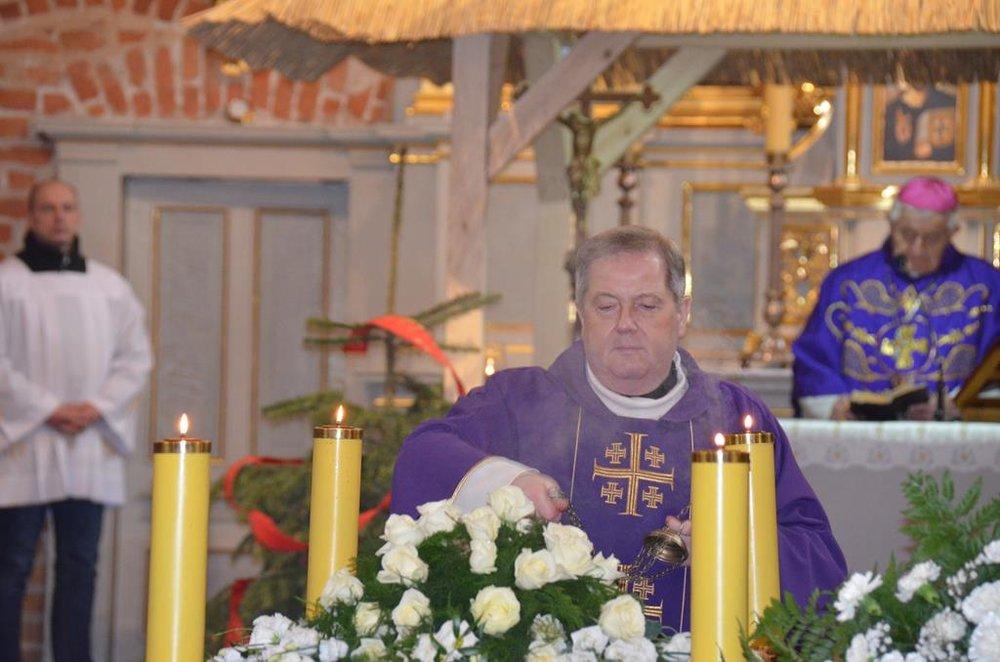 pogrzeb s. Elżbiety (24) (Copy).JPG