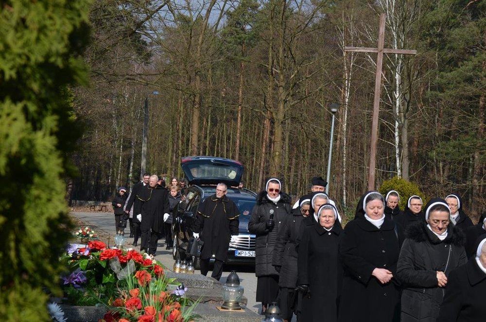 pogrzeb s.Mieczysławy (20) (Copy).JPG