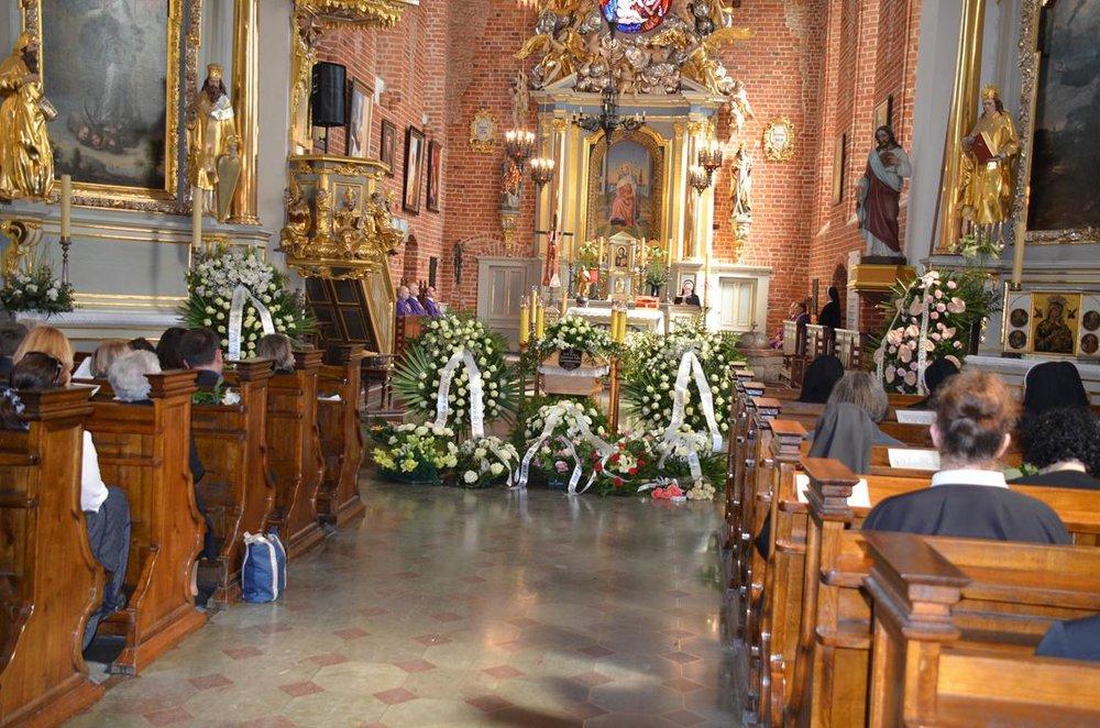 pogrzeb Estery (4) (Copy).JPG