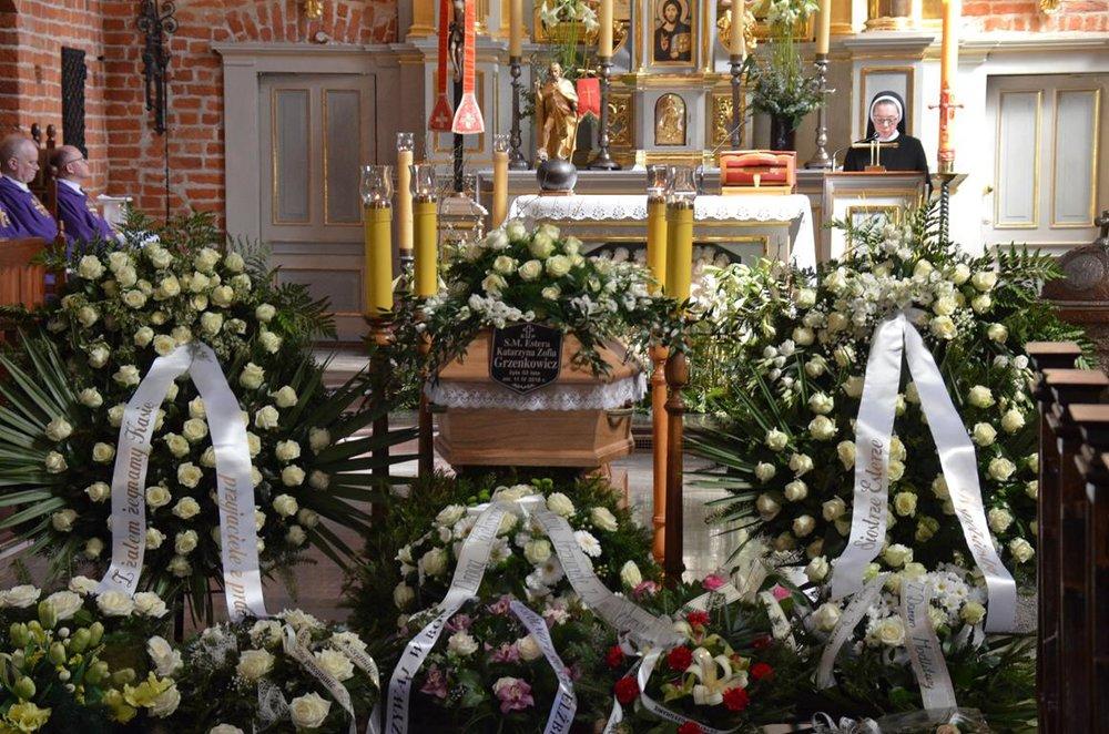 pogrzeb Estery (6) (Copy).JPG