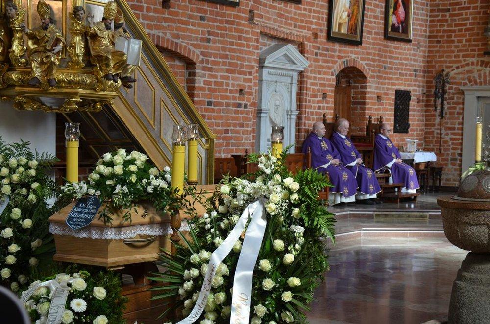 pogrzeb Estery (8) (Copy).JPG
