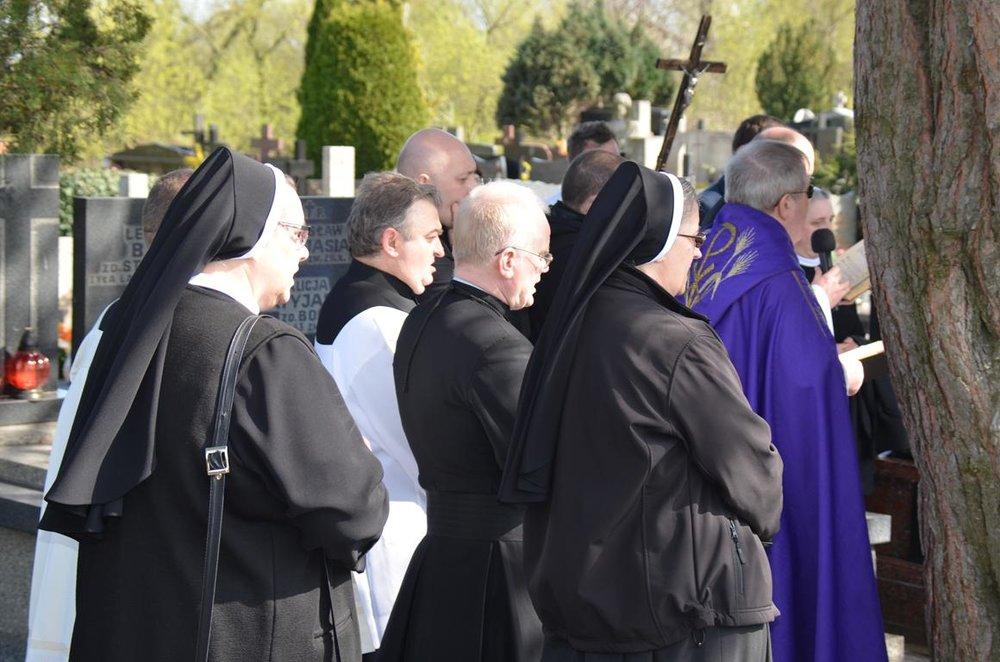 pogrzeb Estery (40) (Copy).JPG
