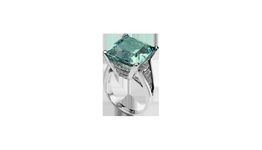 Cosmopolitan Acquamarine Cocktail Ring Acquamarine, white gold, diamonds