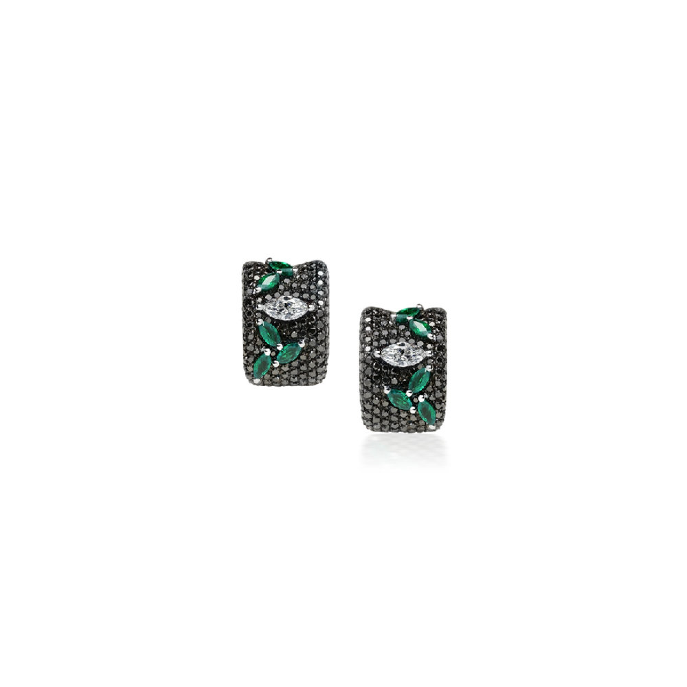 BI2069D - Eternal Earrings 19,2 Kt. white gold earrings with 258 black brilliant cut diamonds 2,70 ct. 2 navette cut diamonds with 0,61 ct. and 10 navette cut emeralds with 1,48 ct. PVP 11,600 €