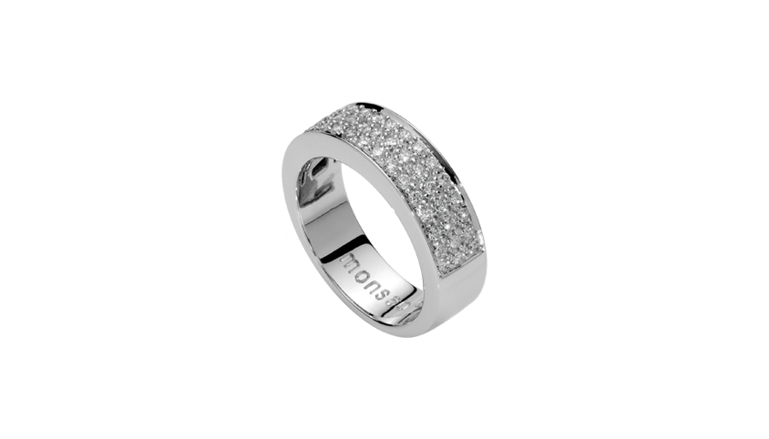 AN1286 - QUADRATU 003  Moments Collection   19,2 Kt. white gold ring with 45 brilliant cut diamonds with 0,51 ct.   Price 2,800 €