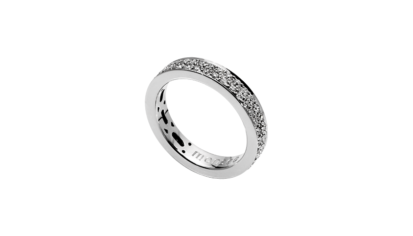 AN1659 - QUADRATU Band Moments   Collection   19,2 Kt. white gold ring with 70 brilliant cut diamonds with 0,76 ct.  Price 3,140€